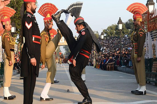 Amritsar Wagah Beating Retreat Border...