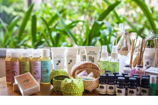 LOHAS is the first organic cosmetic brand in Indonesia which meeting