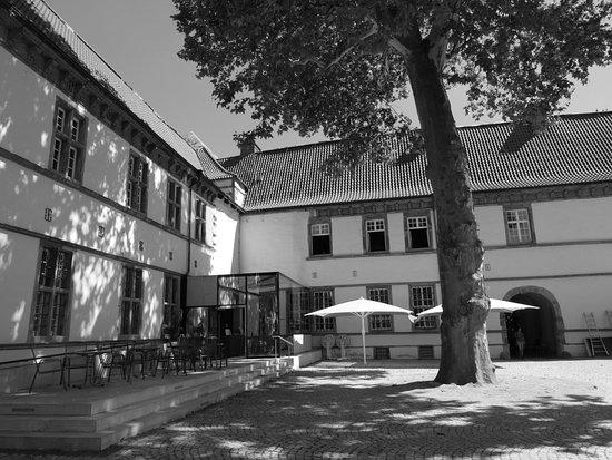 Schlosspark Schloss Strünkede Image
