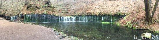 Shiraito Falls: 小さいけど素敵です。