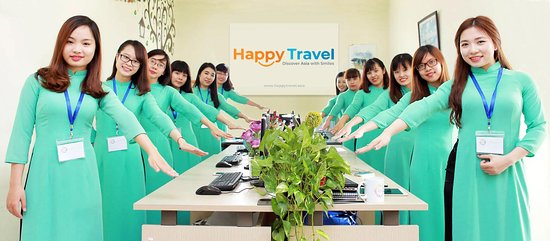 ‪Happy Travel‬