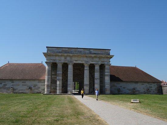 Musee Claude-Nicolas Ledoux