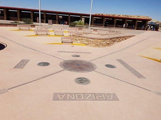 Teec Nos Pos, Arizona: 20180626_140445_large.jpg