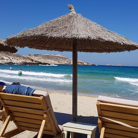 Parasporos Beach Club & Restaurant: IMG_20180808_132343_032_large.jpg