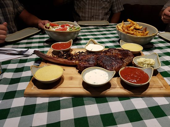Hofstaetten, Germany: Unsere Tomahawk-Steaks, immer Samstag auf Vorbestellung