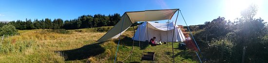 Clynnogfawr, UK: Our camp on a fair afternoon