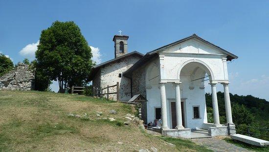 Briga Novarese, Italy: Chiesa di San Colombano
