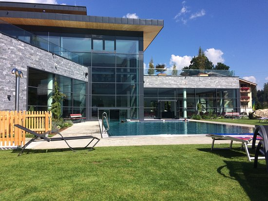 Bruck, Austria: Heated outdoor pool