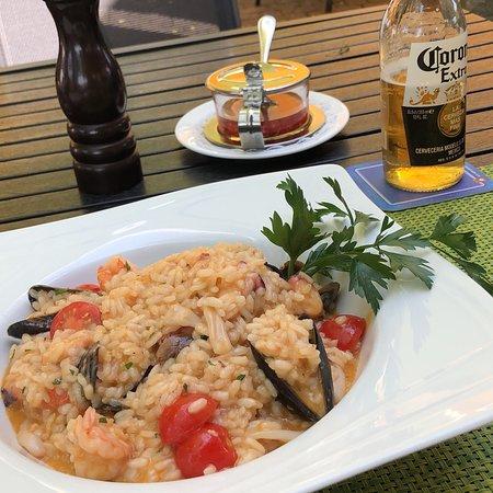 Steinhausen, Švajcarska: Heute wieder einmal im Szenario essen gegangen und Risotto Fruti di Mare bestellt. Hat mir super