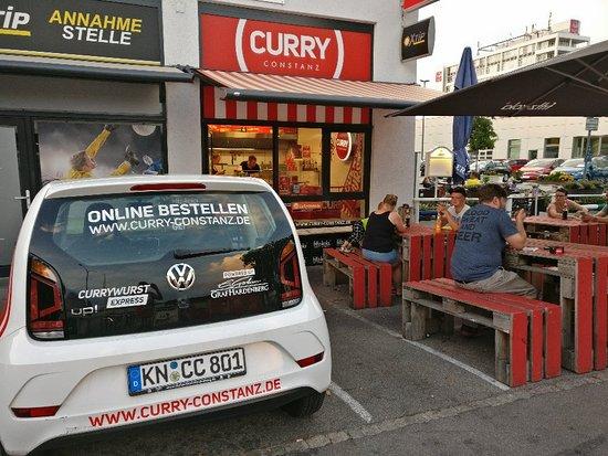 Curry Constanz Photo