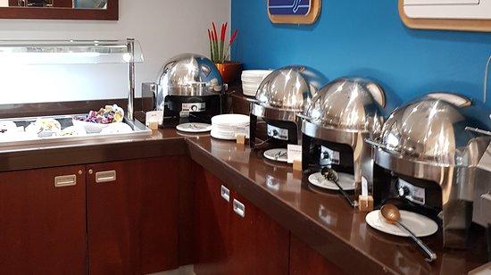 Santry, Irlanti: Breakfast buffet