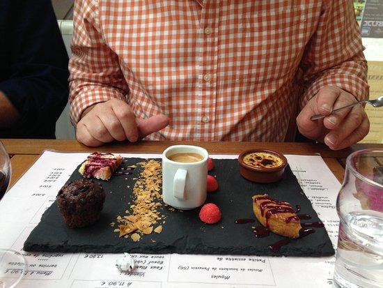 Beganne, France: Cafe Gourmand