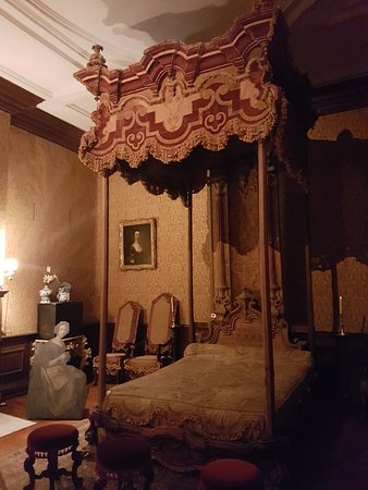 18th century bed - Picture of Dyrham Park, Dyrham - TripAdvisor