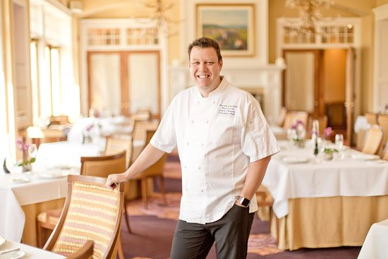 The Winery Restaurant at Peller Estates: Winery Chef Jason Parsons