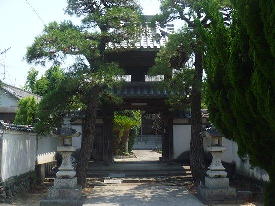 Honden-ji Temple