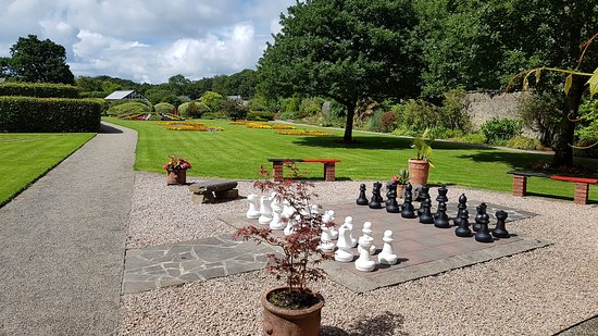 Kilrush, Ireland: Giant Chess