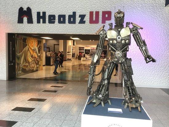 HeadzUP Vegas
