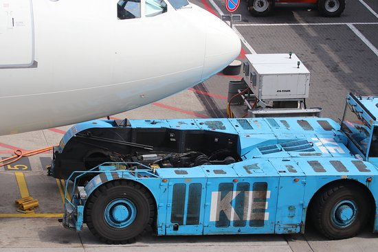 pushback of the airplane picture of the panorama terrace schiphol