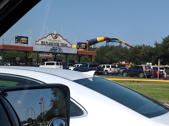 Six Flags Over Texas: MVIMG_20180805_102836_large.jpg
