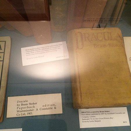 """Dublin Writers Museum: """"Drácula"""", primera edición de Bram Stoker, Dublin"""