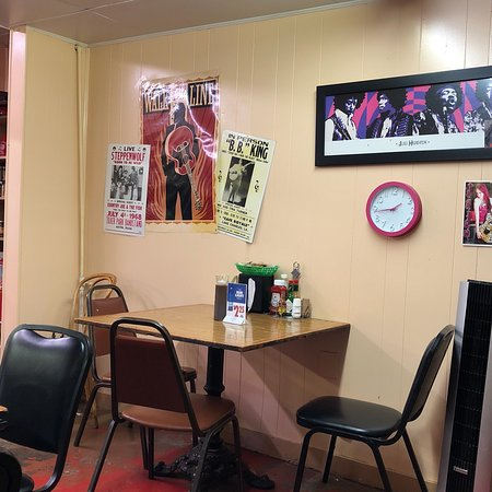 Slaton, TX: Interesting posters on all of the walls!