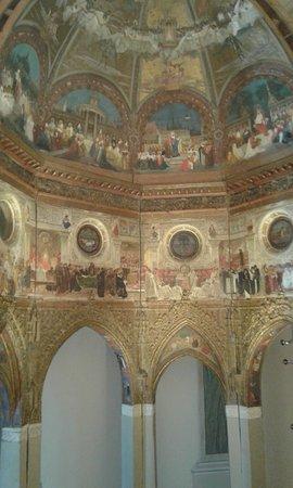 Santuario Della Santa Casa : affreschi