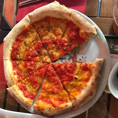 Bad Vilbel, Jerman: Ristorante Pizzeria Pisa