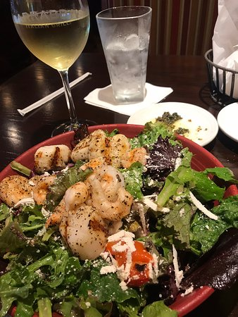 Carrabba's Italian Grill: Shrimp and scalloped-topped salad.
