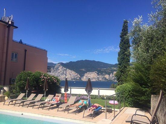 Hotel Antonella: Lake View
