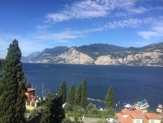 Hotel Antonella: Lake view from balcony