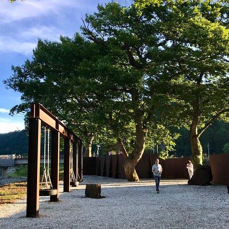 "Tokamachi, Giappone: カサグランデ&リンターラ建築事務所 Architectural Office Casagrande & Rintala ""ポチョムキン POTEMKIN"" 2003 #大地の芸術祭"