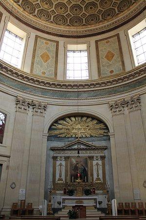 Interno Eglise Notre-Dame de l'Assomption