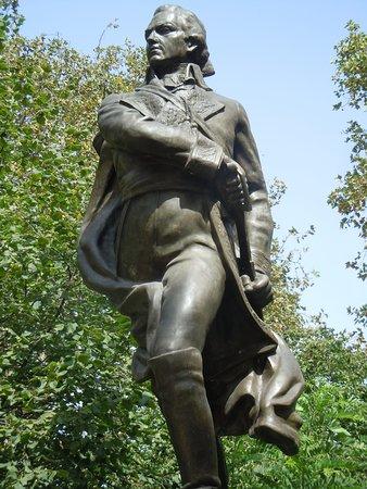 Statue de Francisco de Miranda