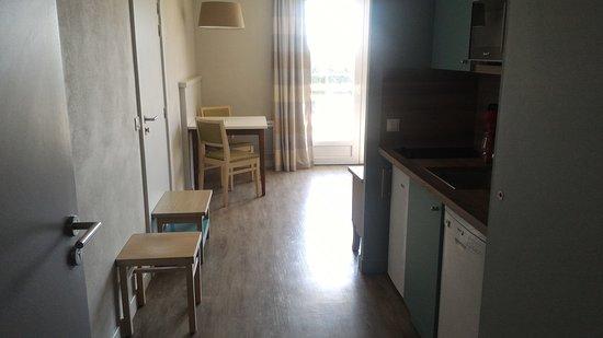 Entrée appartement - Picture of B\'O Cottage, Bagnoles-de-l ...