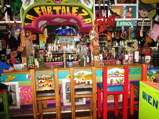 La Fortaleza: The bar area