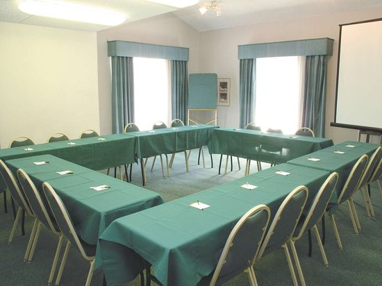 لاكوينتا إن دنفر أورورا: Meeting room