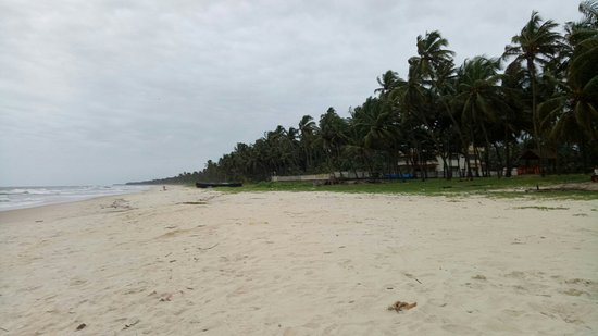 Extended part of Malpe beach, padukare, after crossing bridge.  Walk way into the sea