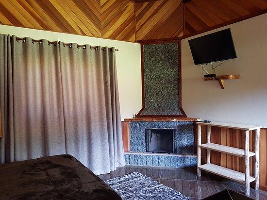 Maromba, RJ: quarto chalé hidro n°2