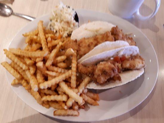 Salisbury, Canada: Fish tacos