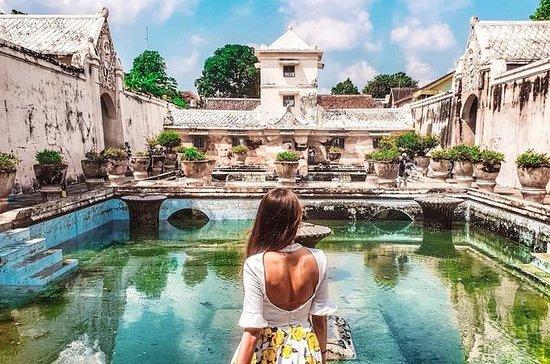 Yogyakarta Merapi & Jomblang Cave...