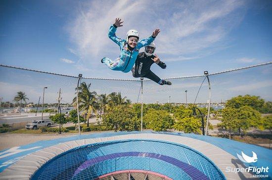 迈阿密丛林岛的超级飞行