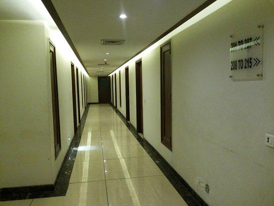 Hotel Sepal : Nice Corridor