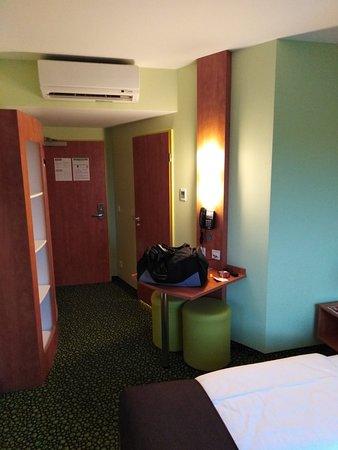 20170318 234724 Large Jpg Bild Von B B Hotel Berlin Airport