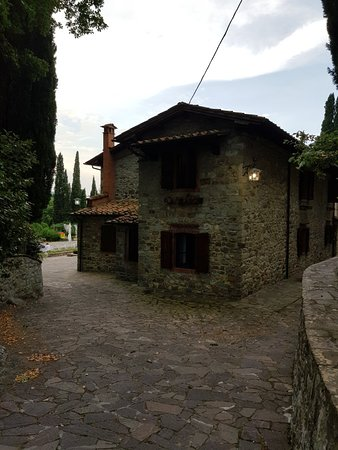 Subbiano, Italia: 20180807_191152_large.jpg