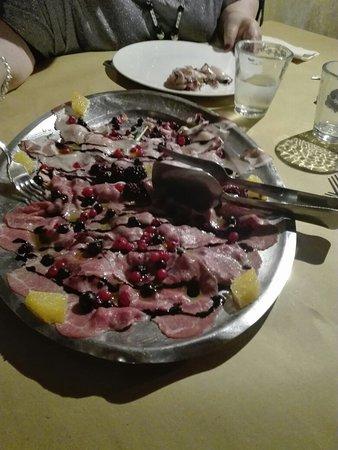 Novafeltria, Italie : IMG_20180809_205831_large.jpg