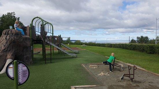 Suzan Nightingale McKay Memorial Park