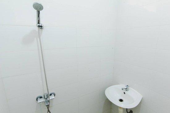 Caturtunggal, Indonésia: Deluxe Bathroom
