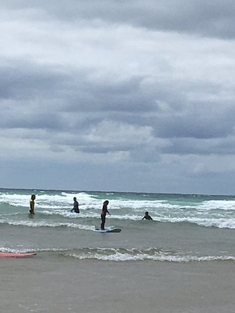 Kingsurf Surf School: Kingsurf at Mawgan Porth