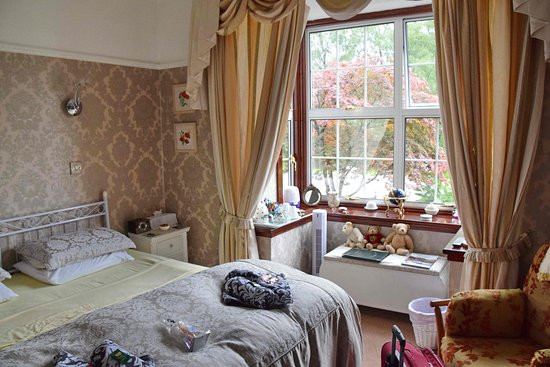 Kinlochleven, UK: chambre avec bow window