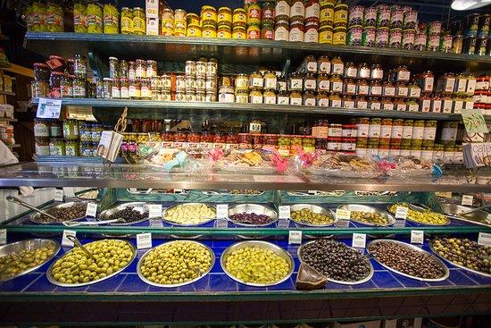 Amish Market East: Olives!